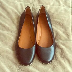 Givenchy Black leather flats